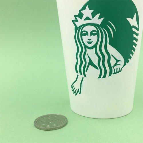 Забавные рисунки на стаканчиках Starbucks (33 фото)