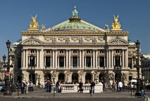 Одни из самых знаменитых и красивых оперных театров в мире (10 фото)