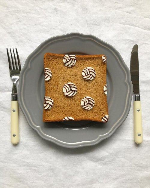 Креативные тосты от Эико Мори (29 фото)