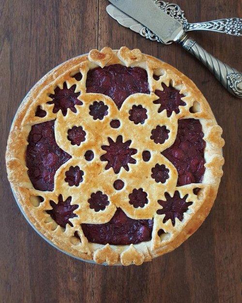 Художественное оформление пирогов от Карин Пфайфф Бошек (28 фото)