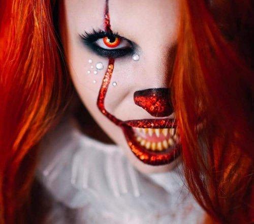 """Жуткие образы на Хэллоуин, вдохновлённые клоуном Пеннивайзом из фильма """"Оно"""" (14 фото)"""