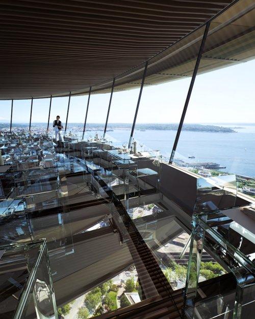 Ресторан со стеклянным полом в башне Спейс-Нидл в Сиэтле (6 фото)