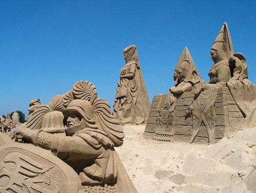Потрясающие песочные скульптуры, которые вам стоит увидеть (25 фото)