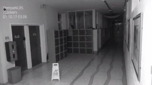 Камера видеонаблюдения в старейшей ирландской школе зафиксировала хулиганство призрака