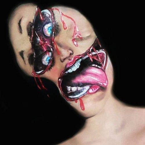 Талантливая визажистка превращается в монстров (35 фото)