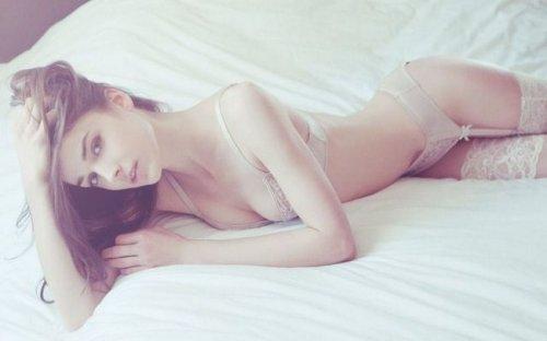 Сексуальные девушки в нижнем белье (27 фото)