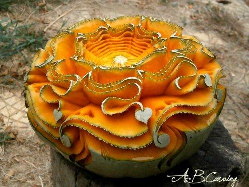 Прекрасные резные тыквы от Ангела Боралиева, которые являются замечательной альтернативой хэллоуинским Светильникам Джека (25 фото)