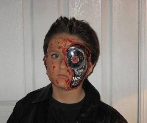 Самые популярные костюмы на Хэллоуин в разные годы (33 фото)