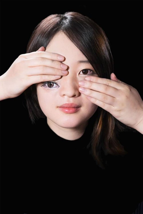 Потрясающие оптические иллюзии, демонстрирующие возможности макияжа (25 фото)
