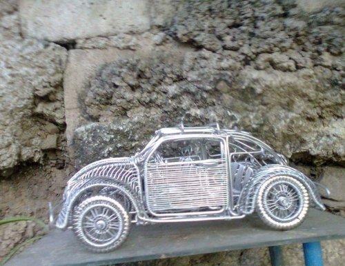 Проволочные скульптуры талантливого художника-самоучки Карлито Романильоса (12 фото)