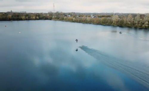 Ричард Браунинг в костюме Железного человека установил рекорд скорости (фото + видео)