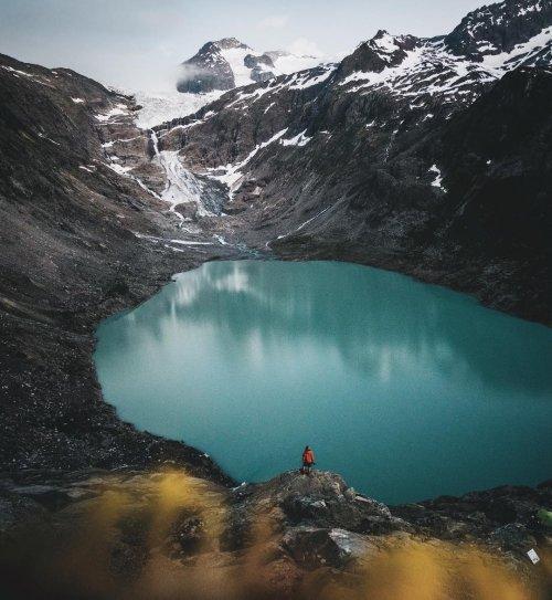 Безупречная красота величественных горных пейзажей в снимках 18-летнего фотографа (13 фото)