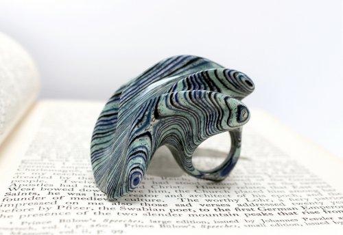 Ювелирные украшения из старых книг от художника Джереми Мея (11 фото)