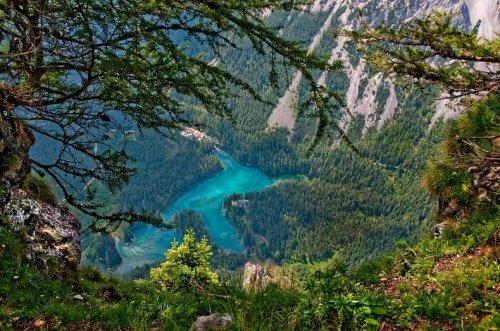 Австрийский парк, который каждое лето превращается в озеро (17 фото)
