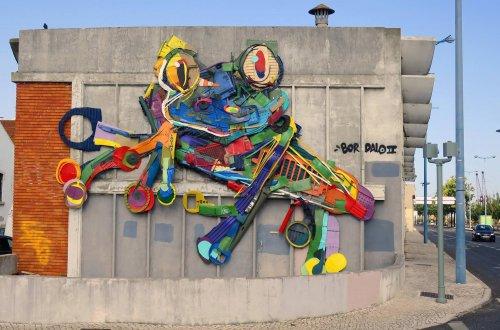 Скульптуры животных из мусора в новой коллекции работ Bordalo II (12 фото)