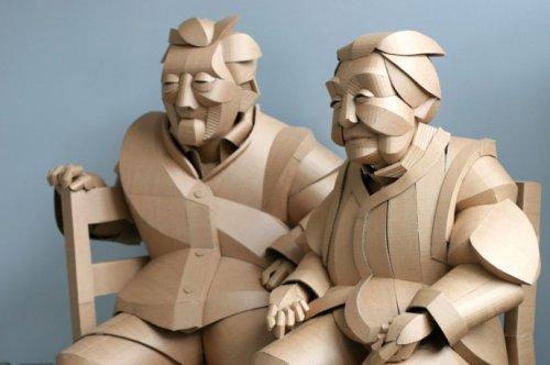 Картонные скульптуры жителей китайской деревни в натуральную величину (12 фото)