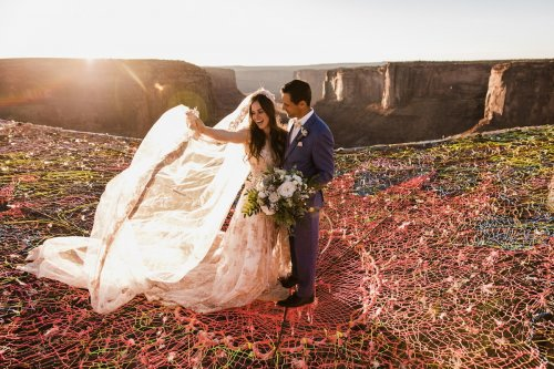 Экстремальная свадьба над каньоном Моаб (20 фото)