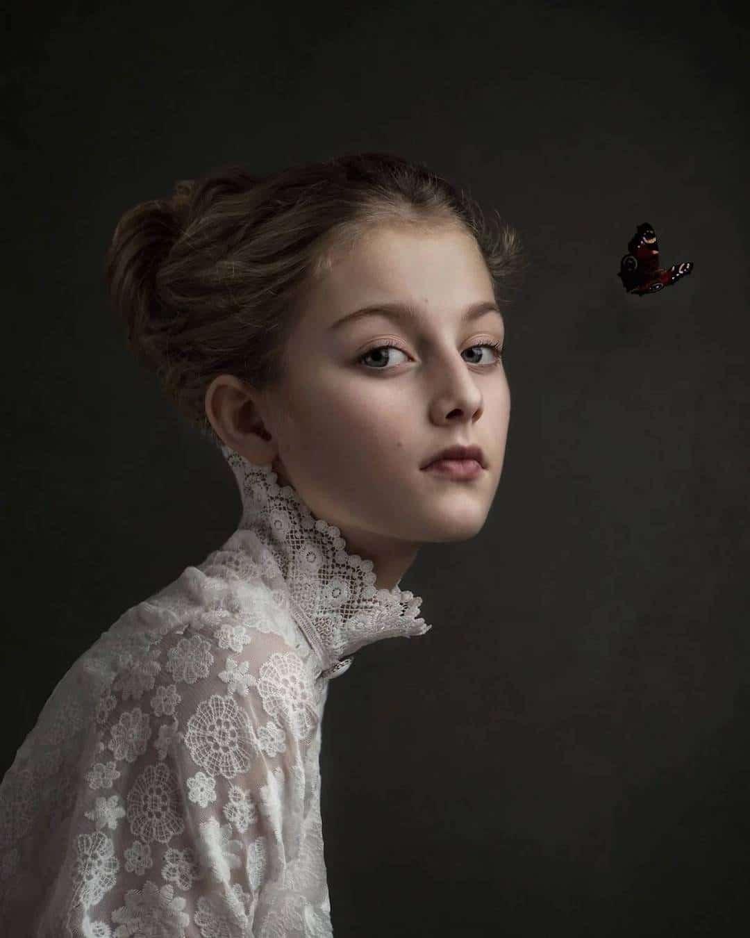 художественный фотопортрет женский она работает одном