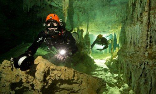 Дайверы обнаружили самую большую в мире подводную пещеру, и в ней полно секретов майя (4 фото + видео)