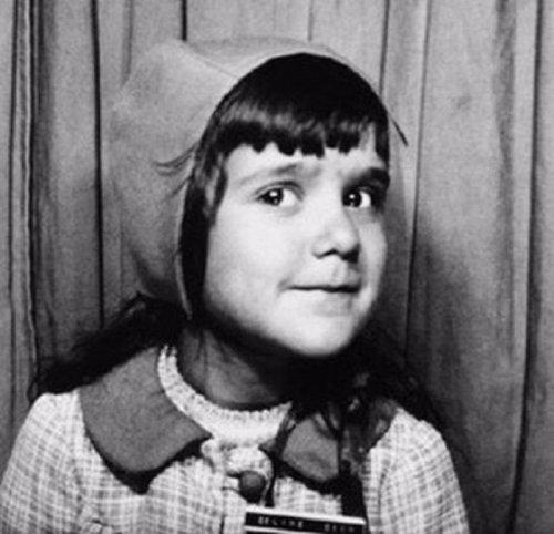 Детские фотографии знаменитостей (19 фото)