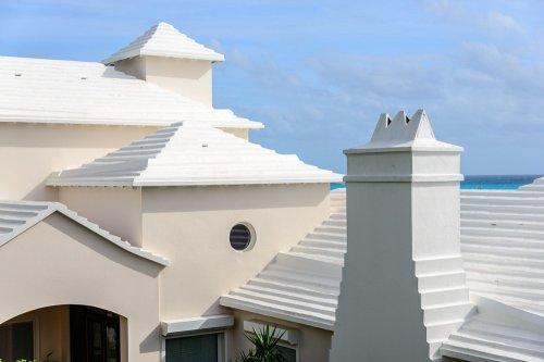 Узнай, как именно нехватка пресной воды на Бермудах повлияла на архитектуру местных городков и деревень (6 фото)
