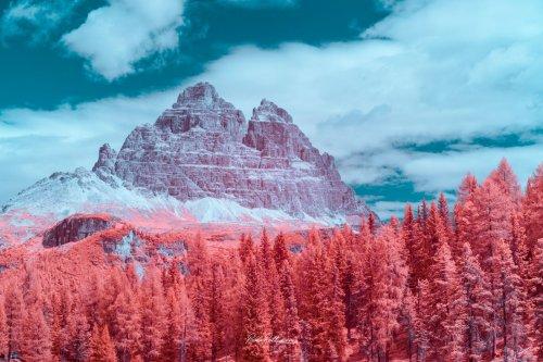 Доломитовые Альпы в инфракрасных фотографиях Паоло Петтиджани (7 фото)