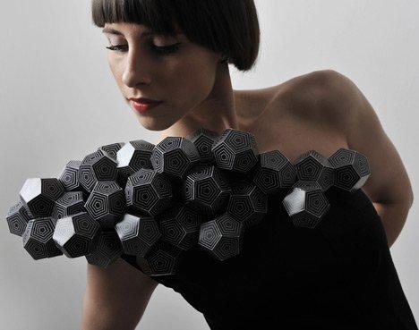 Оригами-платья Амилы Хрустик (11 фото)