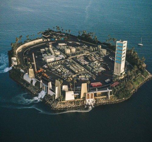 THUMS: Секретные нефтяные острова Калифорнии (4 фото)