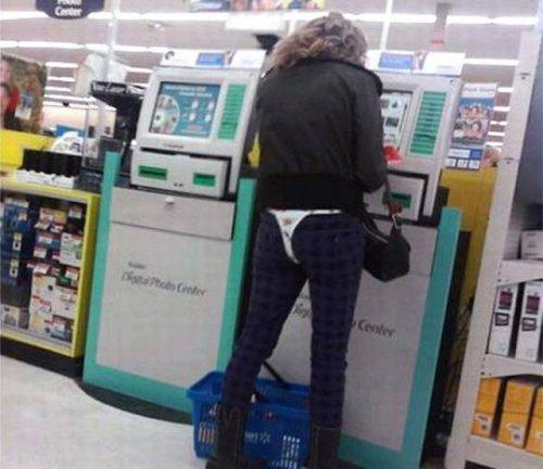 Чудаки и чудачества в Walmart (23 фото)