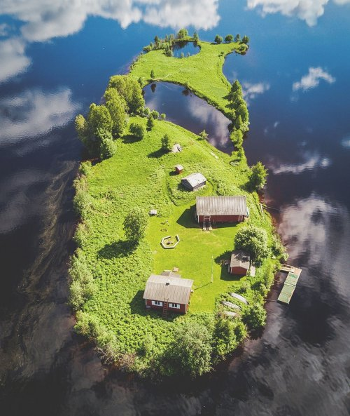 Времена года на финском острове Котисаари (7 фото)