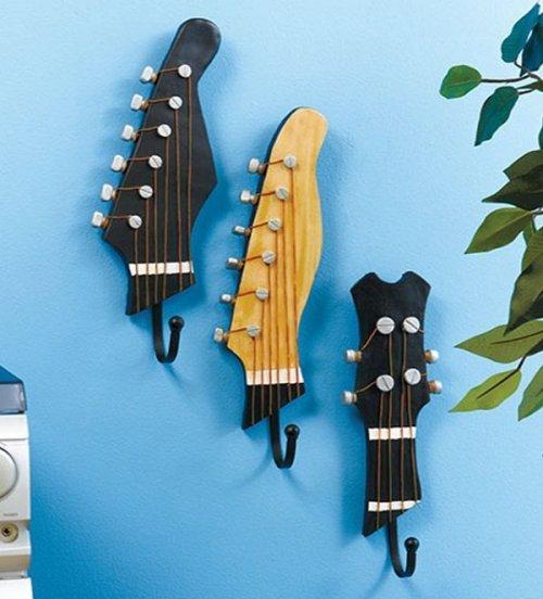 Креативные вещи, которые можно сделать из старой гитары (10 фото)