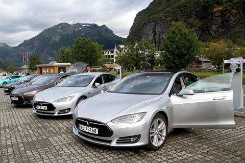 ТОП-25: Интересные факты о компании Tesla Motors, которые вы не знали