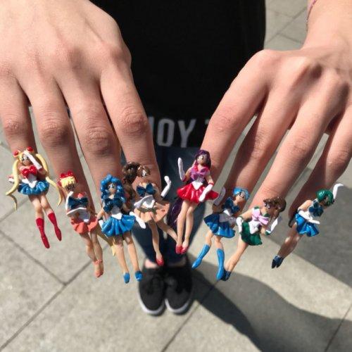 Дизайн ногтей, который вы ещё никогда не видели (20 фото)