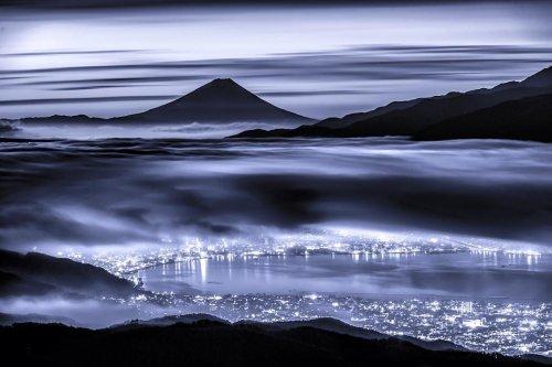 Величественная Фудзияма через объектив фотографа Такаси Накадзавы (14 фото)
