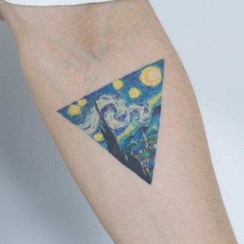 Красочные татуировки Zihee Tattoo, вдохновлённые природой и изобразительным искусством (23 фото)