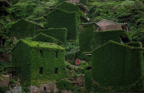 Фотопутешествие в заброшенную деревушку Хоутоувань (16 фото)