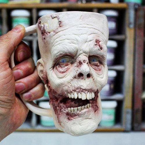 Зомби-чашки, которые взбодрят по утрам одним своим видом (12 фото)