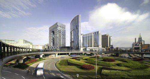 В Макао открывается роскошный отель на 770 номеров, построенный Zaha Hadid Architects (19 фото)