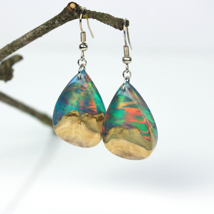 Ювелирные украшения ручной работы из дерева, смолы и синтетического оп