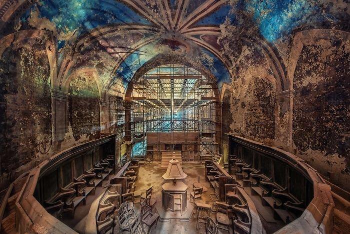 Заброшенные здания Европы через объектив Маттиаса Хакера (32 фото)