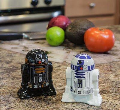 Повседневные предметы для поклонников R2-D2 (11 фото)