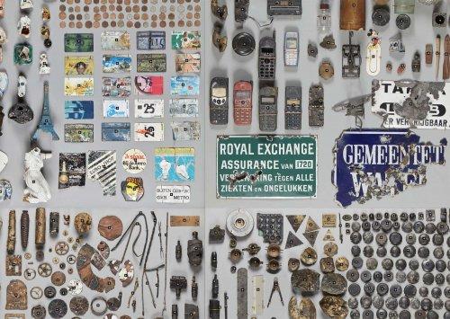 Коллекция предметов, выкопанных со дна реки Амстел в Амстердаме (7 фото)