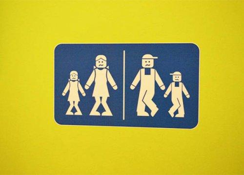 Прикольные и необычные таблички для туалетов (17 фото)