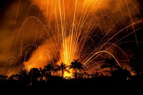 Красота извержения вулкана Килауэа через объектив фотографа Си Джей Кейла (16 фото)