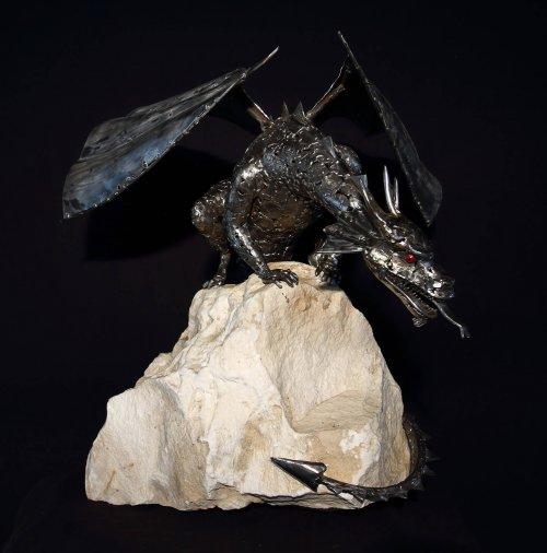 Новые стальные скульптуры Джорджи Поулариани (10 фото)