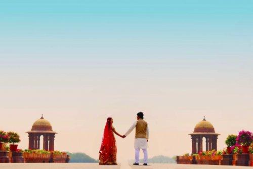 Индийская предсвадебная фотосессия влюблённой пары из Китая (16 фото)