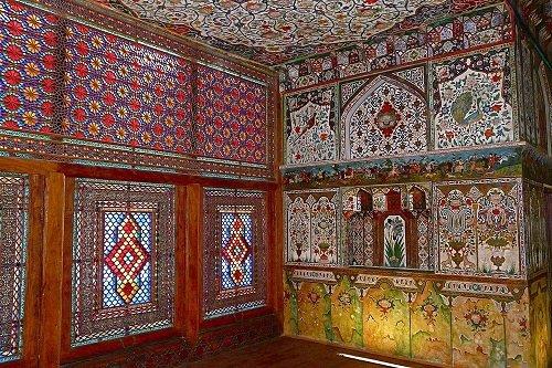 Дворец Шекинских ханов (8 фото)