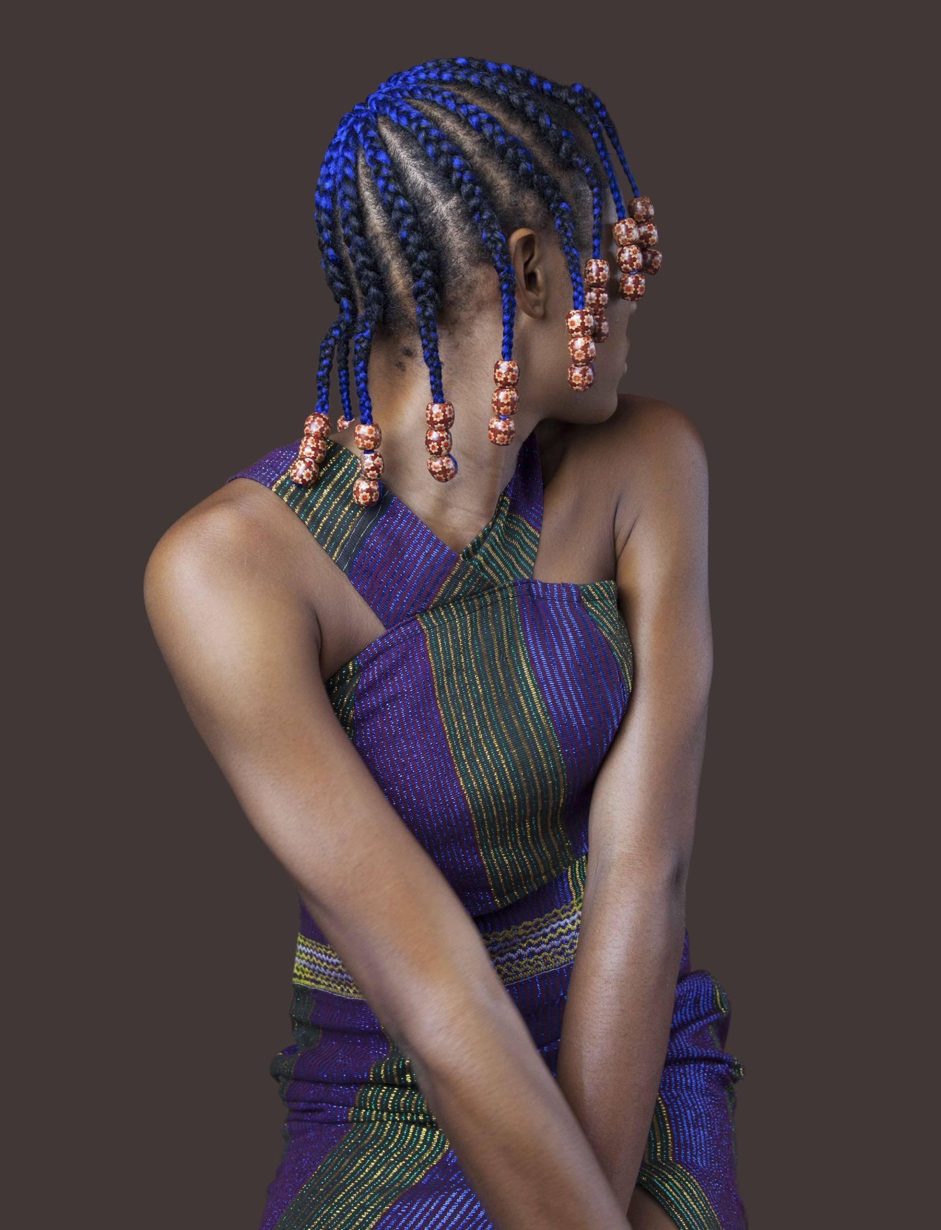 Многообразие и красочность африканских косичек в фотографиях Медины Да