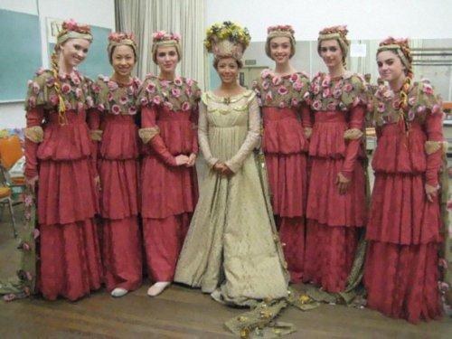 Свадебные ретрофотографии с подружками невесты (32 фото)