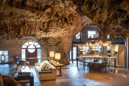 Роскошный отель в пещере, переделанный из бомбоубежища (9 фото)